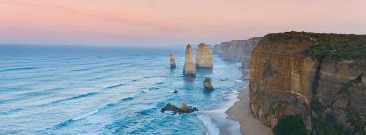 The Great Ocean Road adventures and scenic tour from Melbourne onto Adelaide