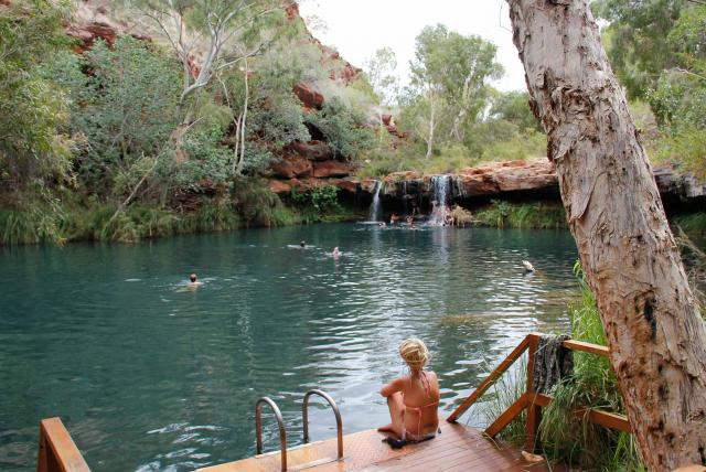 PB10-karijini-fern-pool